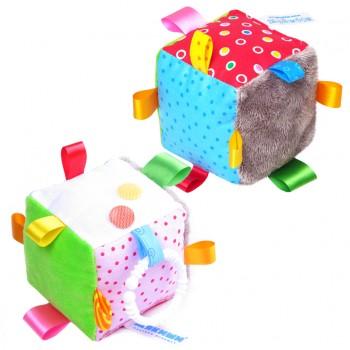 """Игрушка """"Кубик с петельками"""""""